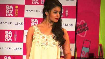 News video: Alia Bhatt'S Secret Boyfriend Revealed